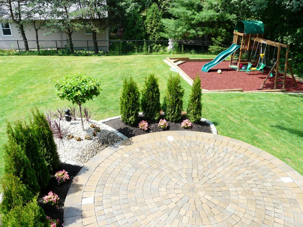 Done right landscape construction wakefield ma 01880 for Patio landscaping