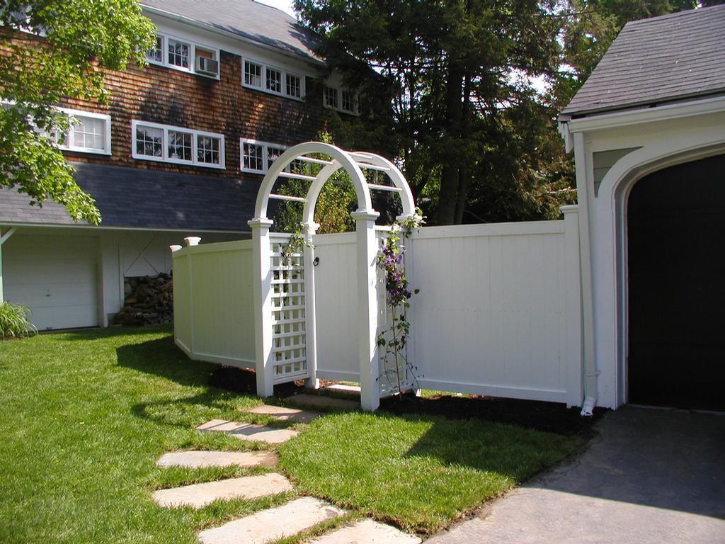 Board Fence With Arbor Sudbury Ma