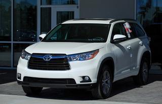 Kbb Com Names N Charlotte Toyota Highlander 1 Midsize Suv Toyota