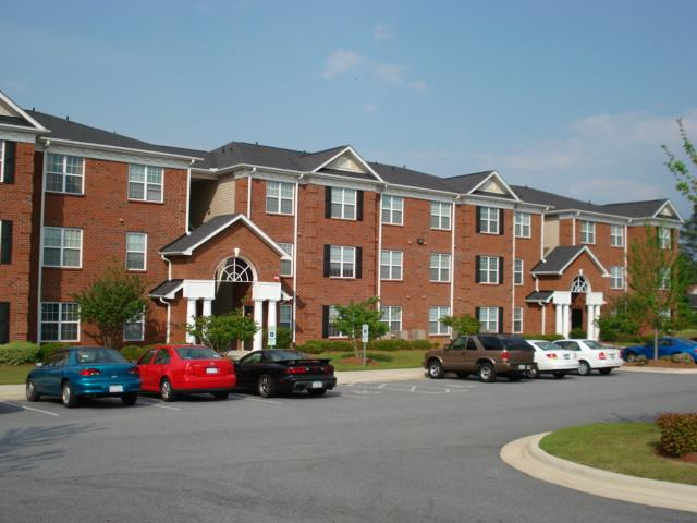 Campus Pointe Apartments Greenville Nc