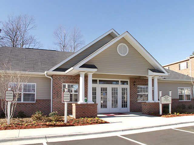 Ashbrook Pointe Apartments Greensboro
