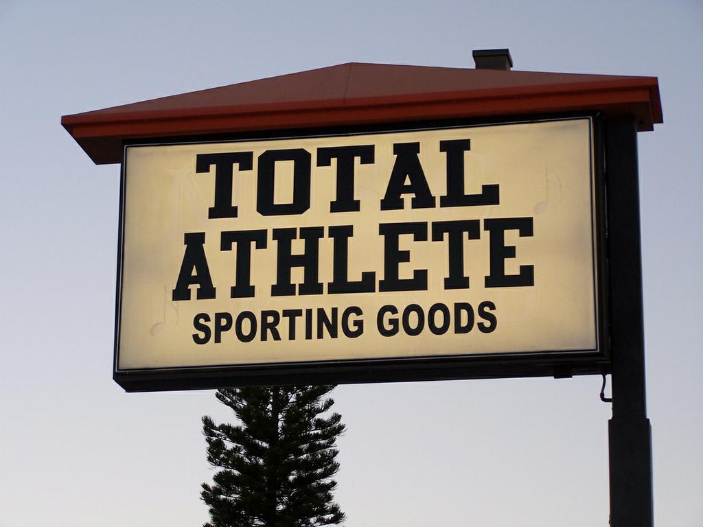 Total Athlete Venice Fl 34293 941 493 4116 Screen Printing