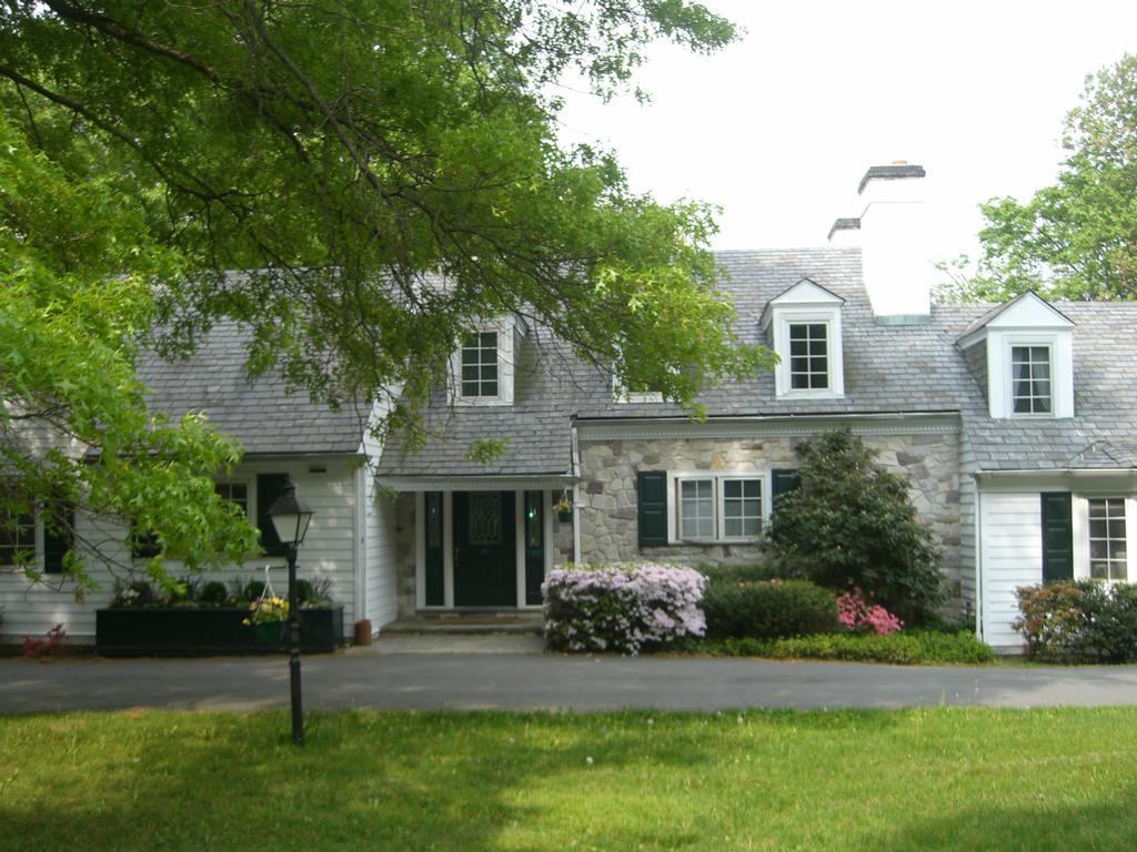Mountain lakes house princeton nj 08540 609 924 8720 for The princeton house