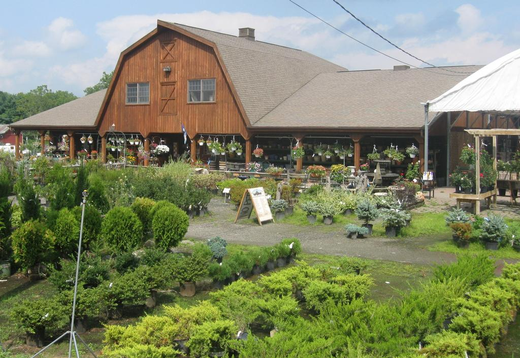 Heaven Hill Farm Vernon Nj 07462 973 764 5144 Lawn Garden