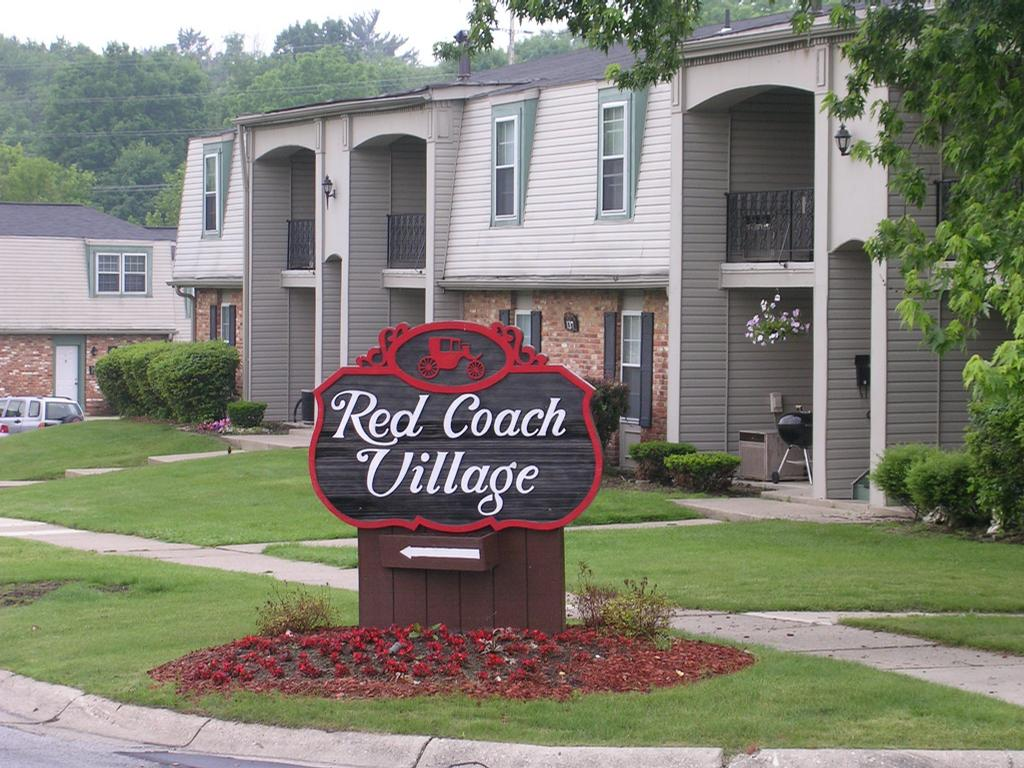 Red Coach Village Pic