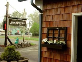 South Jetty Inn - Hammond, OR