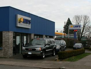 Leif's Auto Collision Ctr - Portland, OR