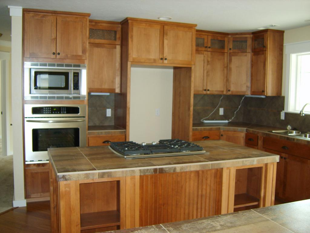Pictures for cutting edge woodworks in myrtle creek or 97457 for Alder shaker kitchen cabinets