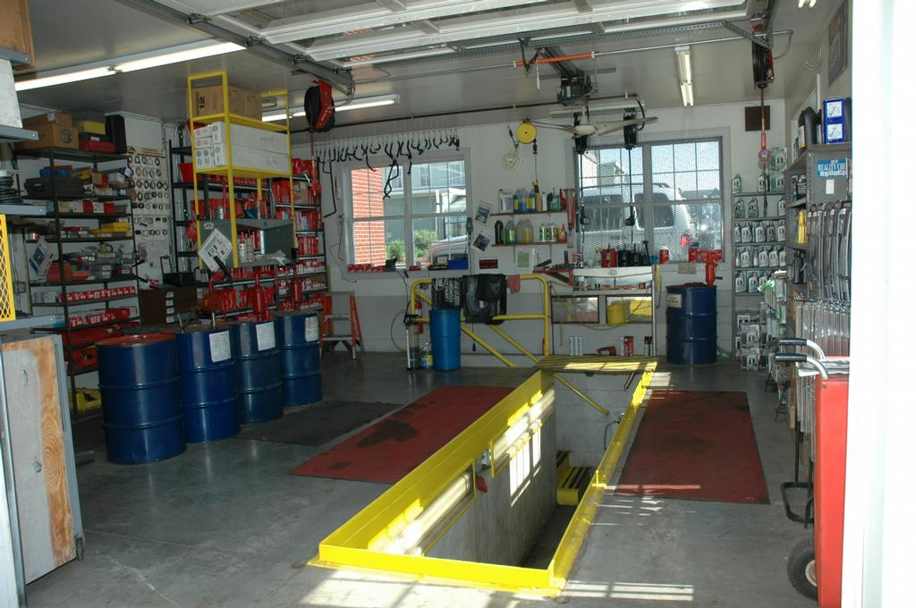 Auto Repair Garage Pit : Pit bay from steffys garage in leola pa auto