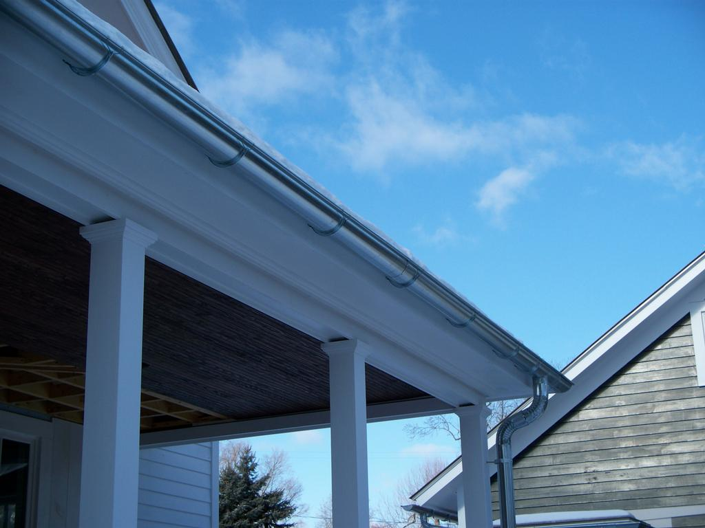 Milford Seamless Gutters Milford Pa 18337 570 296 7350