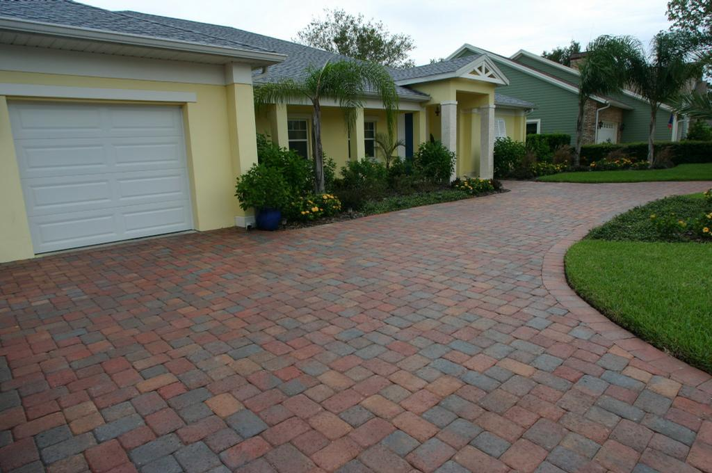 Brick Driveway Driveway 4 by Orlando Brick