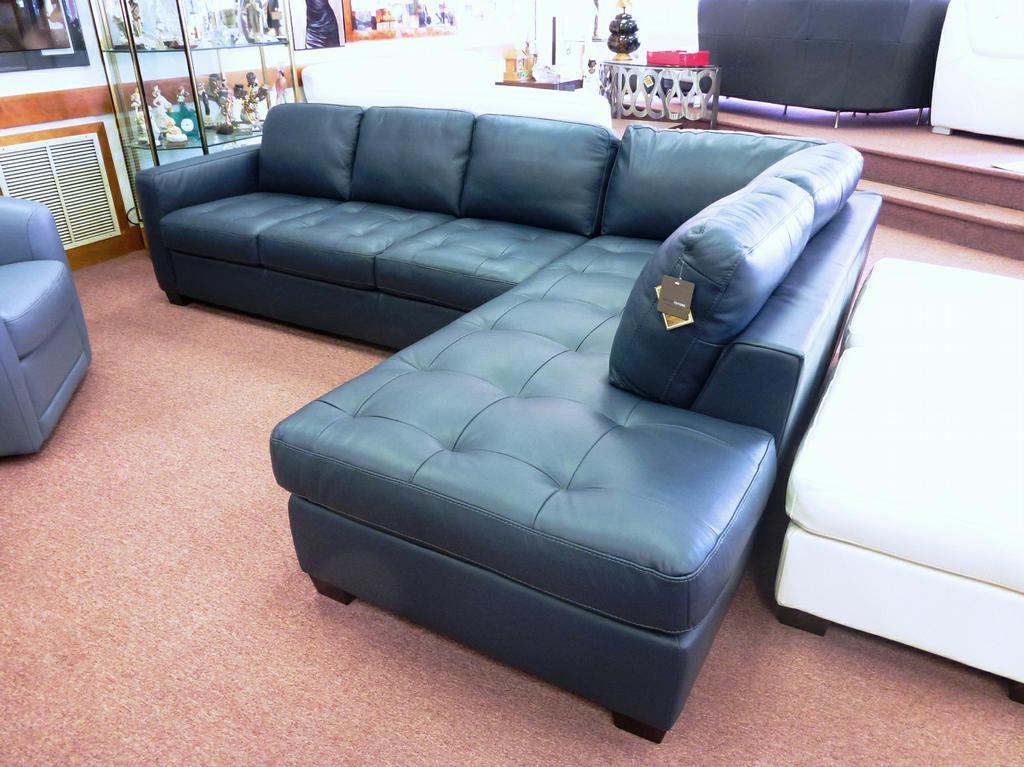 Black friday furniture sales 2013 natuzzi navy blue sofas for Blue couches for sale