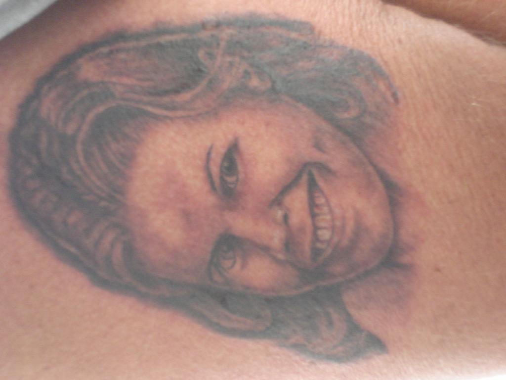 Liquid image tattoo inc fort myers fl 33908 239 481 8282 for Tattoo fort myers