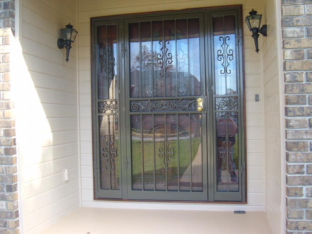 Pictures for doors of distinction in rossville ga 30741 for Door of distinction