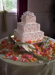 Unique Cake & Catering - Bristol, TN