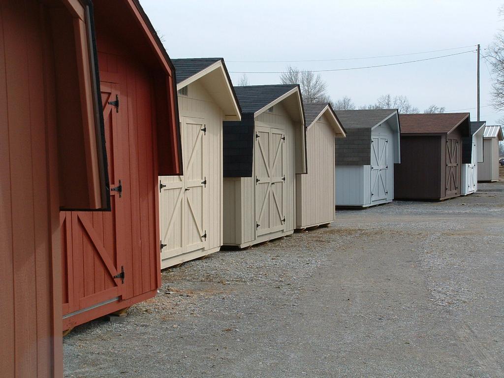 Bmc portable storage buildings summertown tn 38483 931 for Portable storage buildings