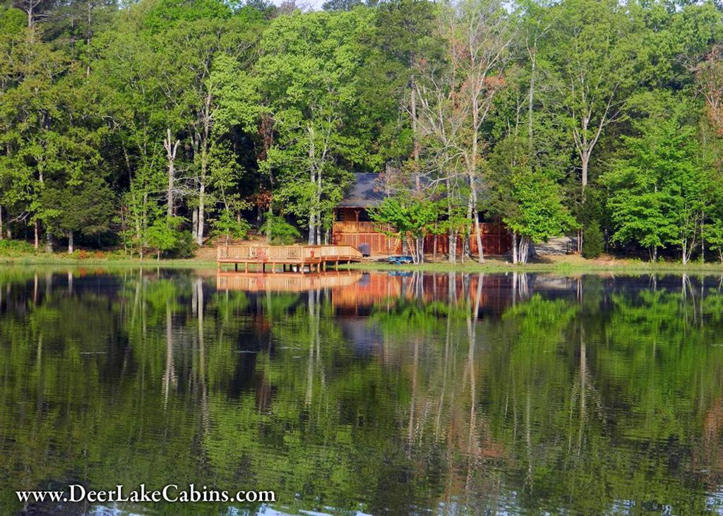 Deer lake cabins from deer lake cabins in scroggins for Fishing cabins in texas