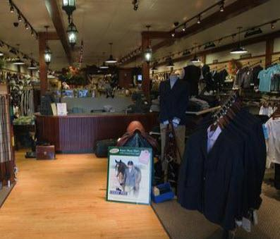 Clothing stores in charlottesville va