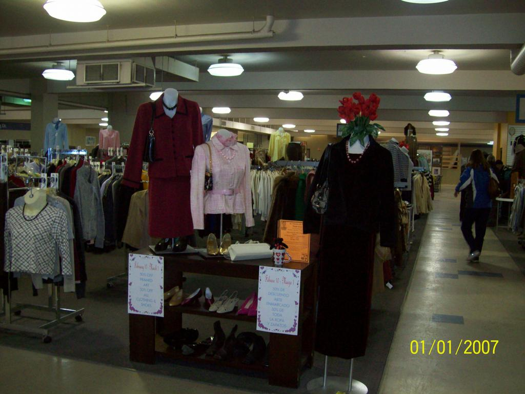 Clothing stores in milwaukee. Clothing stores online