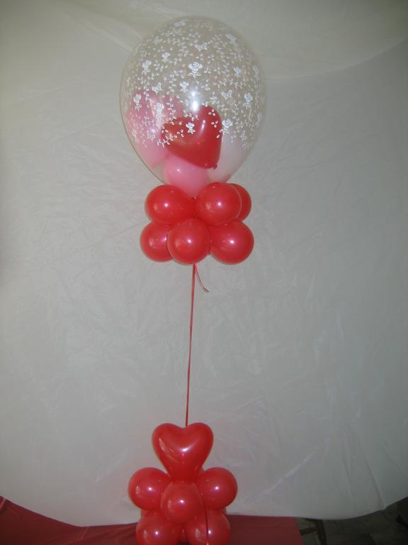 Valentine s day centerpiece from all around town balloons