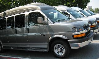 Full Size Van Rental >> Luxury Vans Uniondale From 15 Passenger Van Rentals In New