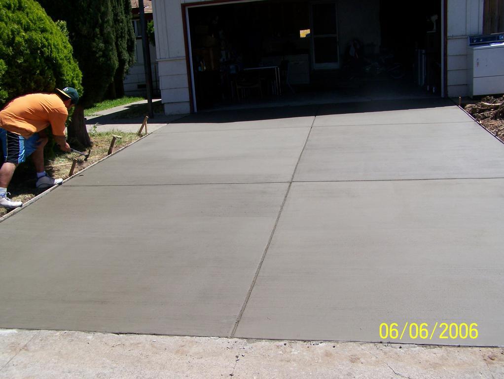 Broom Finish Driveway From Concrete Dreams In Sacramento Ca 95826