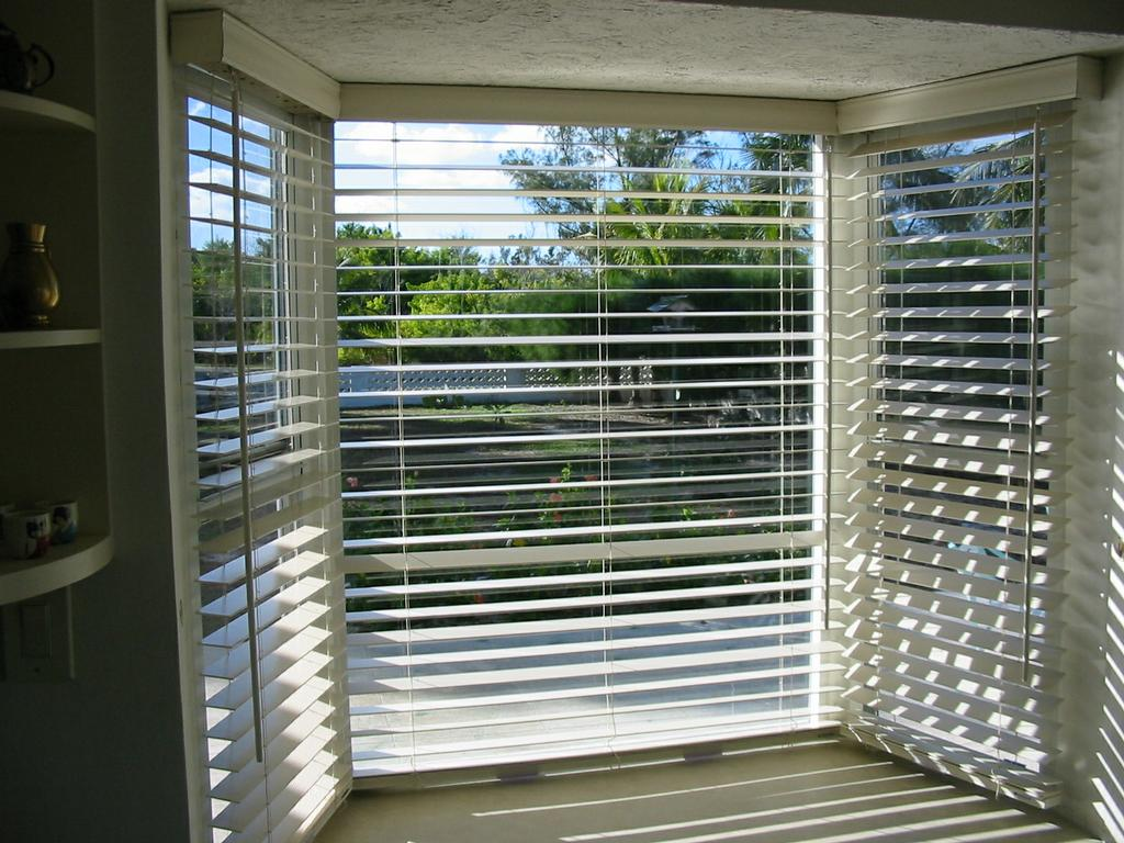 Wood Blinds Bay Windows from Quality Home Installations in Key ...