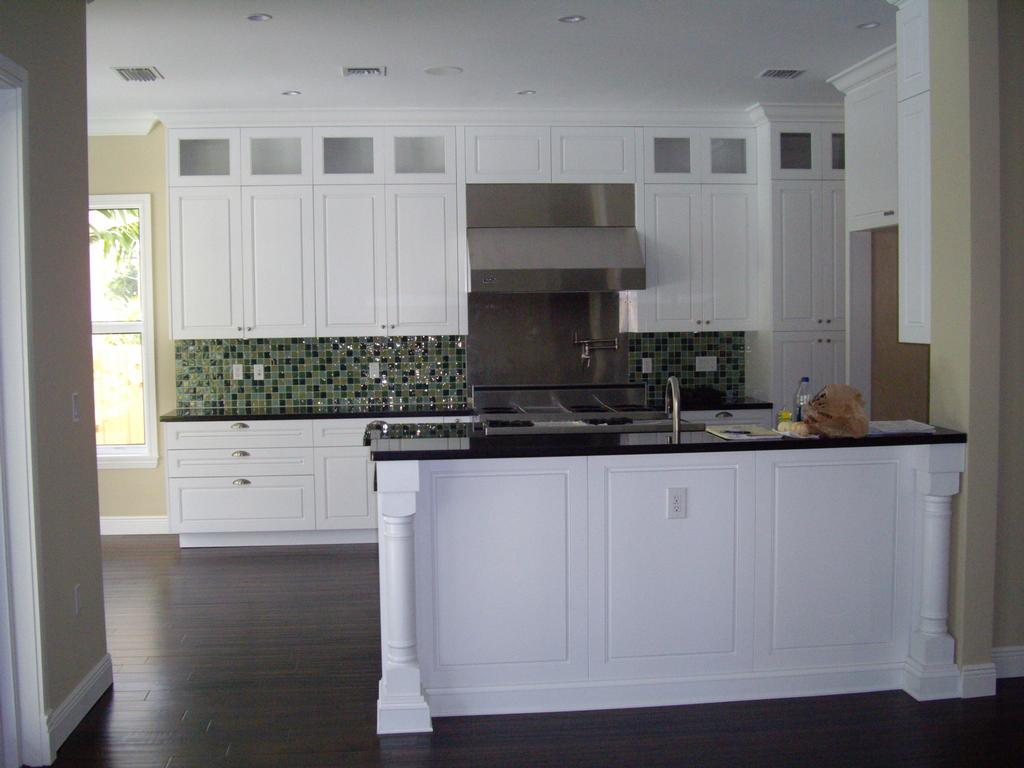 Shaker style kitchen afreakatheart Leon house kitchen design