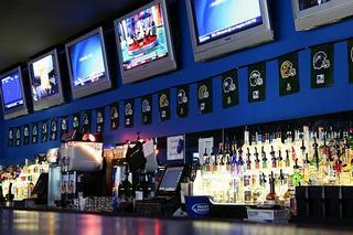 Shooters Billiard & Sports Bar - Austin, TX
