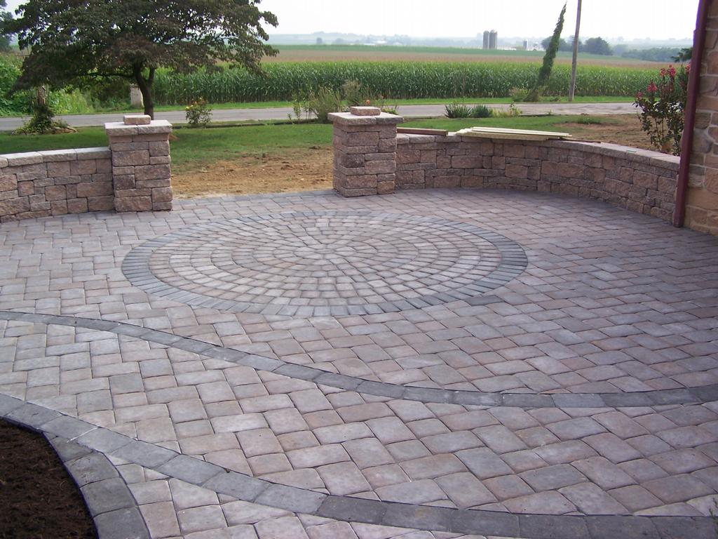 Custom Paver Patio With Circle Kit From Willow Gates