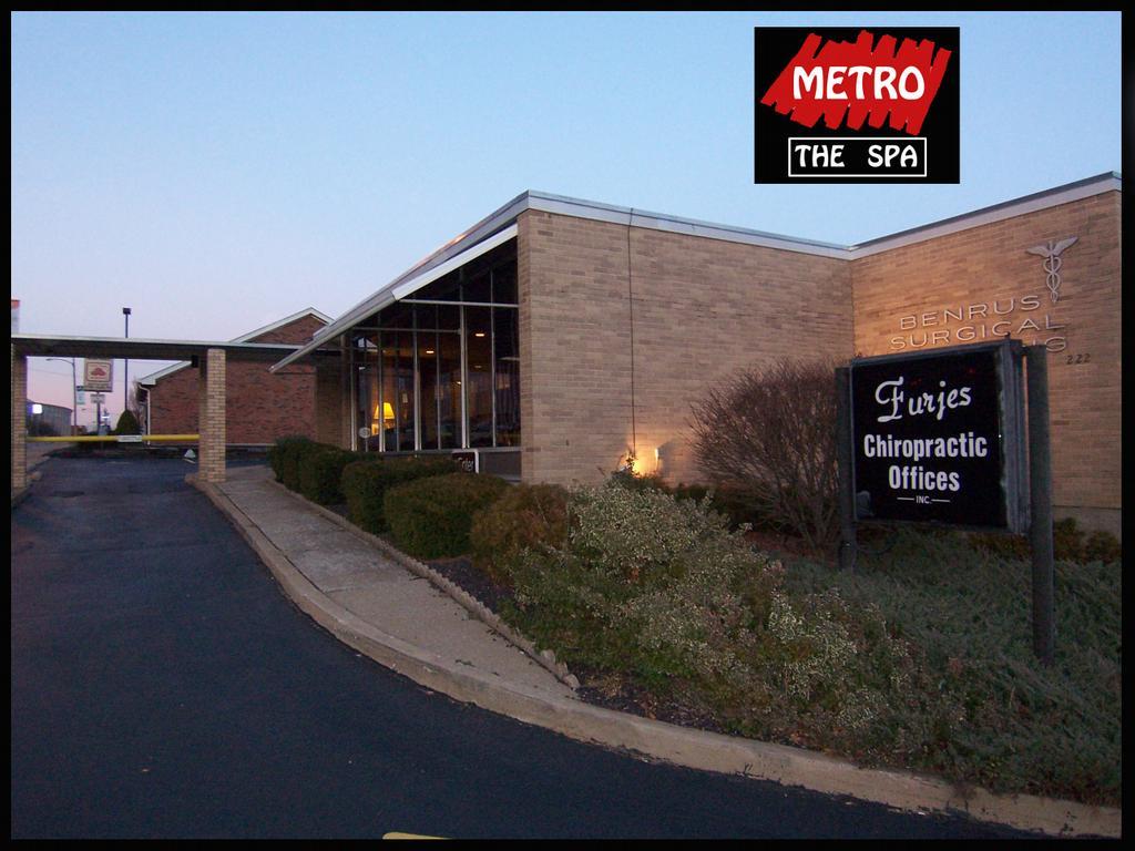 Metro the spa saint charles mo 63301 636 358 0056 for 2nd street salon