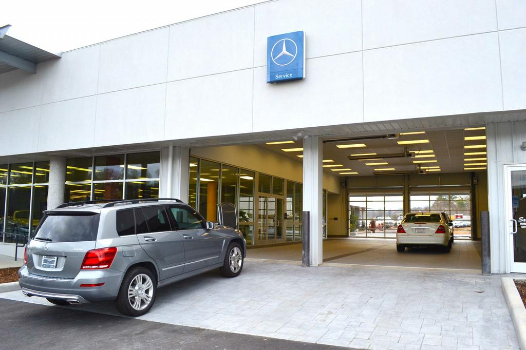Mercedes dealers autos post for Mercedes benz dealers in nc