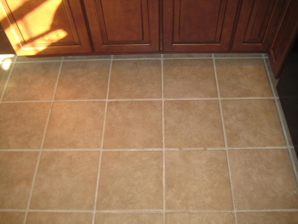 Kitchen tile flooring casual cottage for Kitchen flooring installation