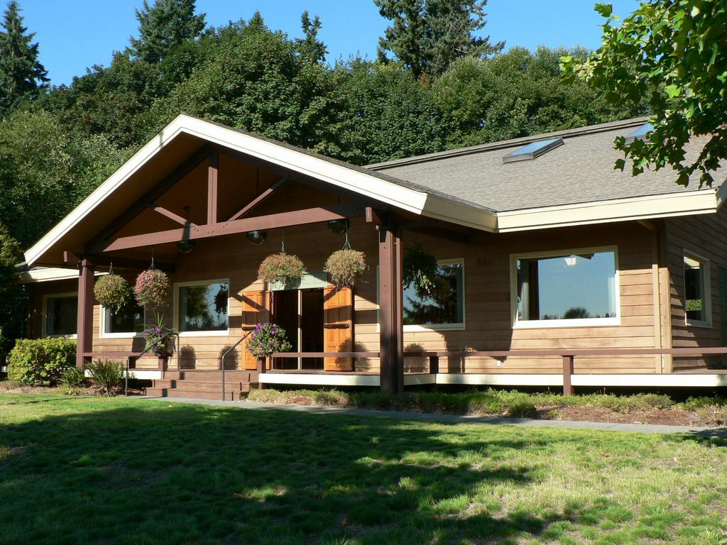 Pictures For Tumwater Valley Lodge In Olympia Wa 98501
