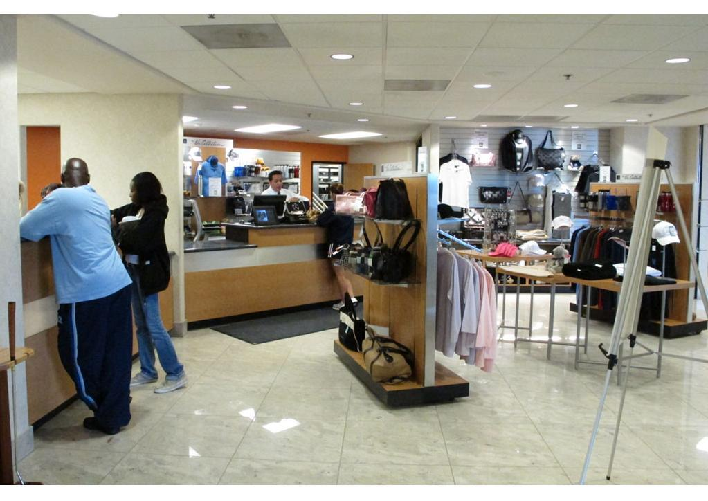 Walters mb clothing store cashier photo from walter 39 s for Walters mercedes benz riverside