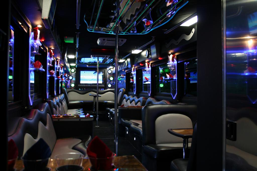 Pictures For Nyc Party Bus Suv Limos In New York Ny 10038