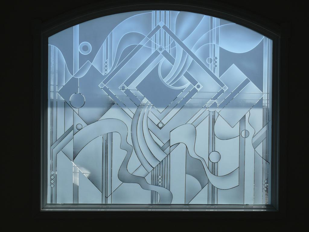 Glass designs from crystal glass mirror incorporated in for Mirror glass design