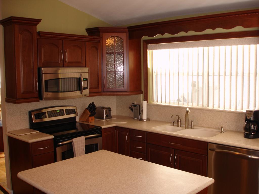 Pictures For Beverin Solid Surface Incorporated In Lehigh