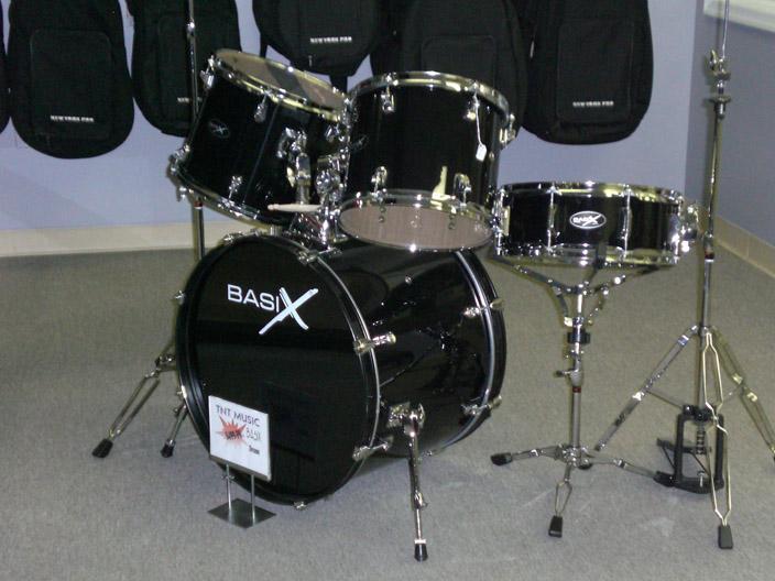 d0fbbbf9b7e9 Basix Classic Black from TNT Music