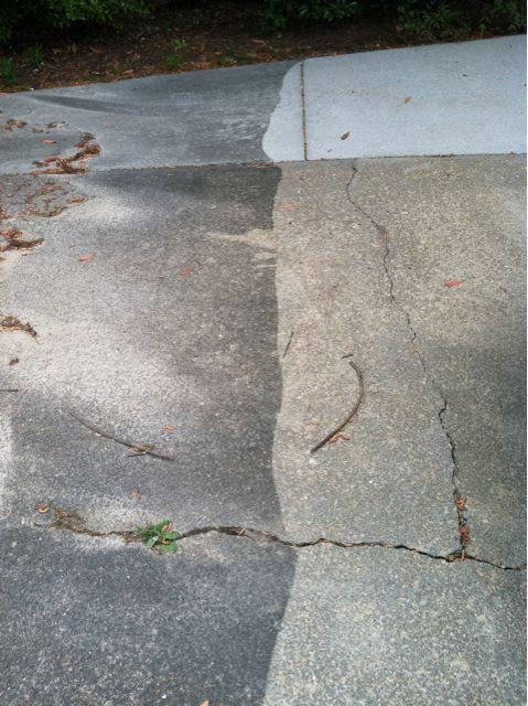 Before and after concrete cleaning from j m pressure for Best way to power wash concrete