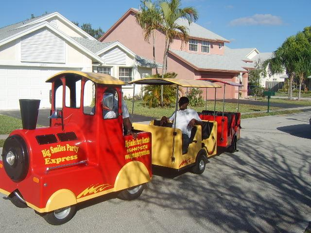 trackless train building plans