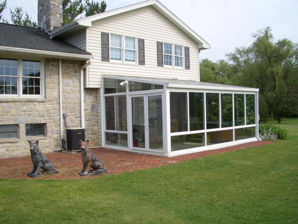 Thomas from four seasons sunrooms sunspace designs inc for 3 season sunroom designs