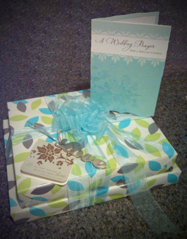 Wedding Gift Card Presentation : Wedding Gift Presentation by Hallmark Cards & Gifts