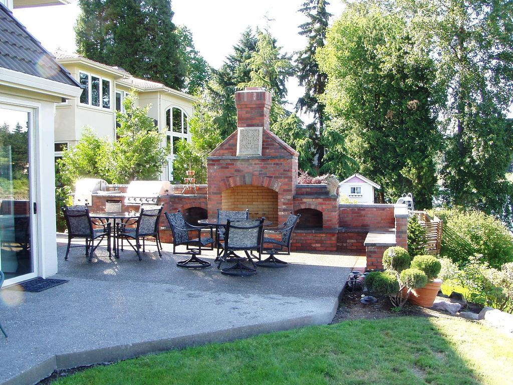 Outdoor fireplace bbq from baker masonry llc in portland for Fireplace and bbq