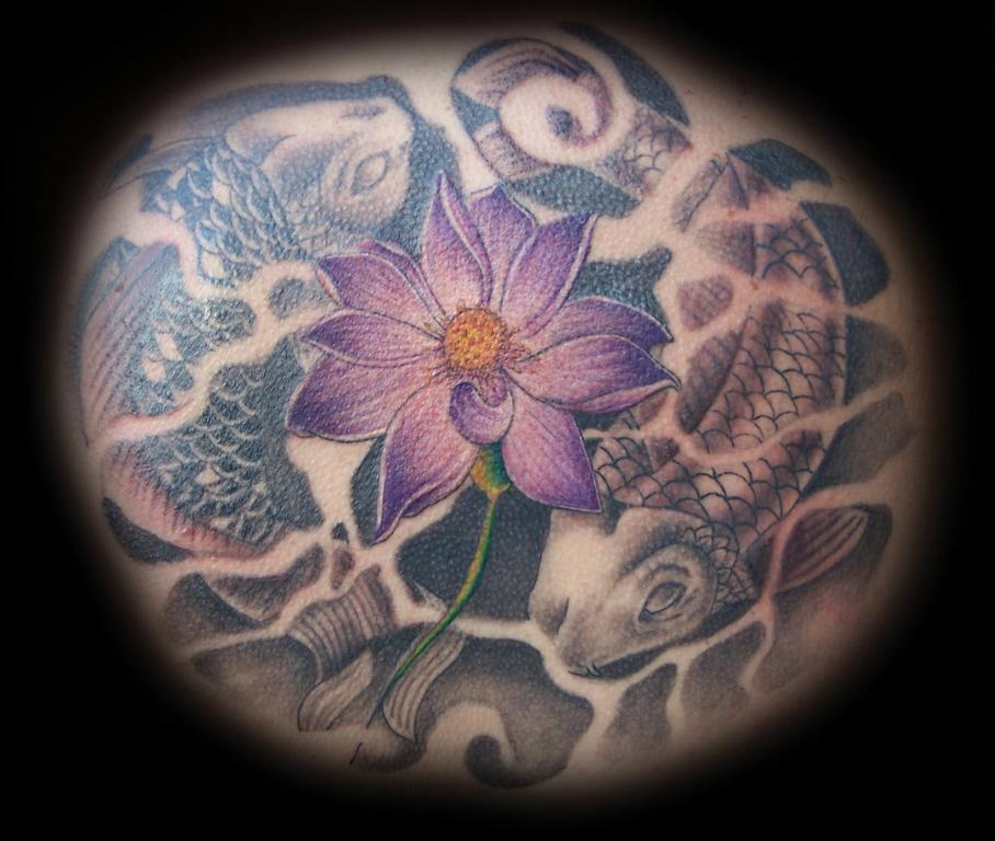 Under the skin tattoo and body piercing studio los for Body electric tattoo piercing los angeles ca
