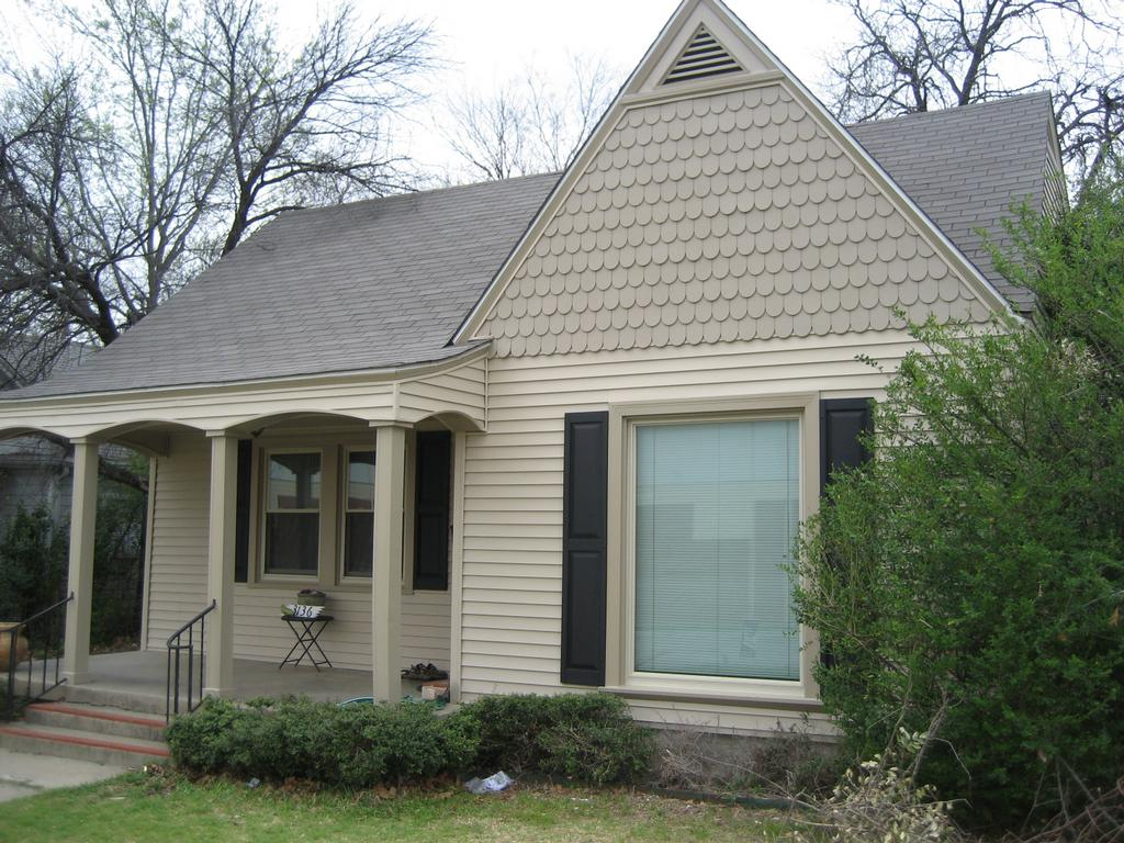 american home exteriors window and siding replacement from american home exteriors in dallas tx. Black Bedroom Furniture Sets. Home Design Ideas