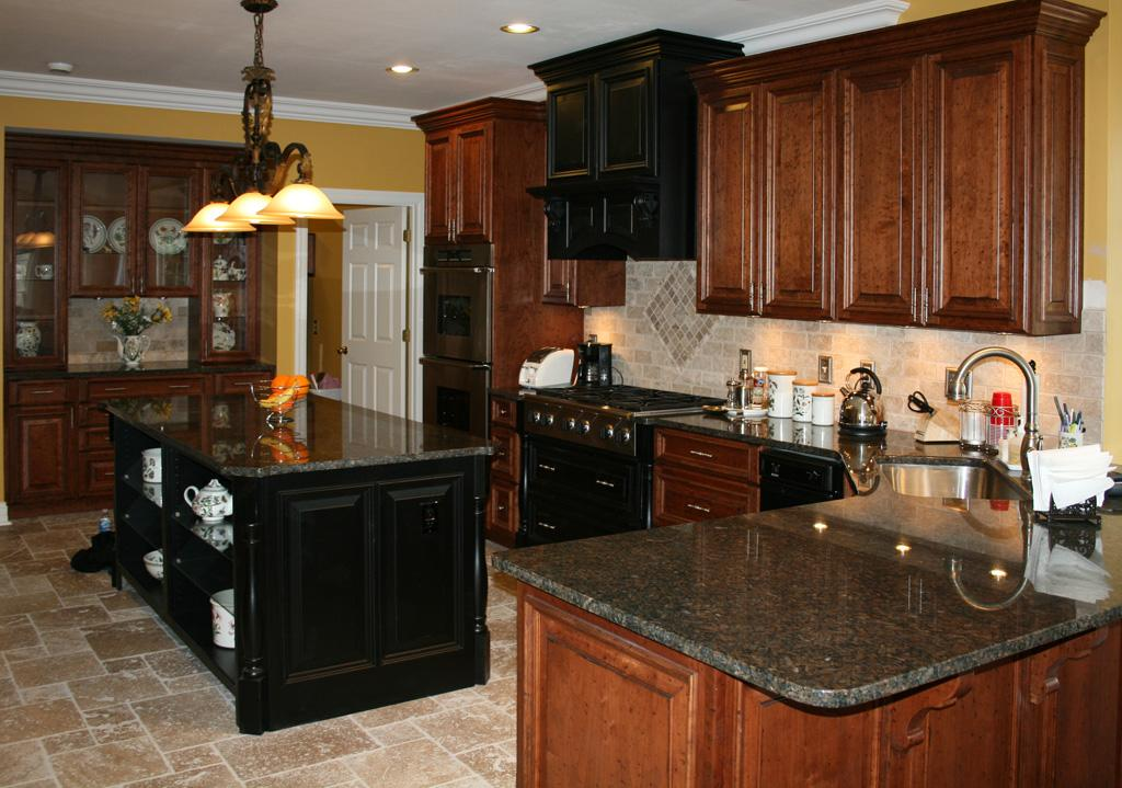 Kitchen cabinets and tiles best home decoration world class for Full kitchen cabinets
