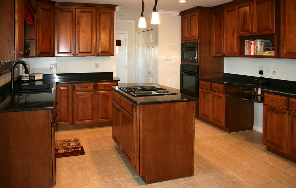 Kitchens18l maple kitchen cabinets with cherry for Maple kitchen cabinets