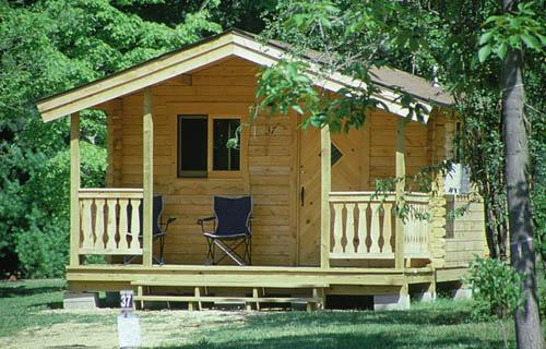 Wanna bee campground rv park wisconsin dells wi 53965 for Cheap cabins in wisconsin dells