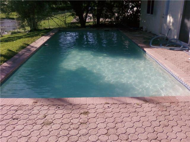 Pictures for all pro pools inc in fort lauderdale fl 33324 Swimming pool algae treatment